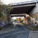 Blick Richtung Grüntaler Straße (Wedding). Am anderen Ende der Unterführung stehen inzwischen die von uns vorgeschlagenen Poller.